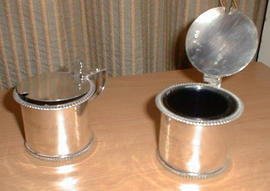 Pair of silver drum mustard pots