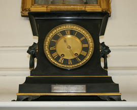 Black marble mantel clock